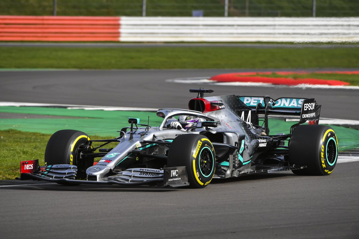 Lewis, meet W11. W11, meet Lewis 🤝  You love to see it 😁   @MercedesAMGF1 #PETRONASmotorsports – at Silverstone Circuit
