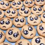 うるうるした瞳が可愛すぎる!ぴえんクッキーが話題に!
