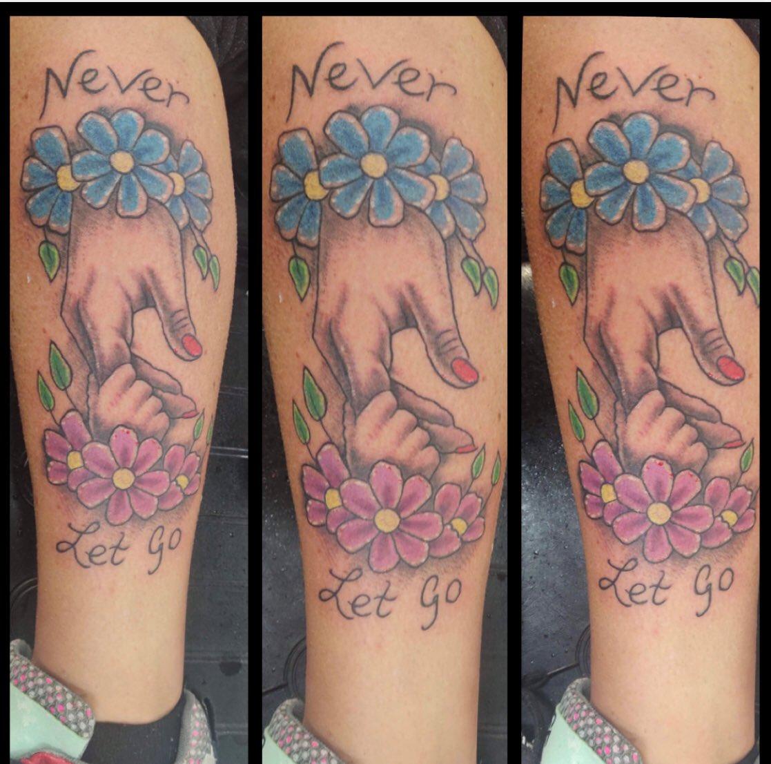 #kingtattoo1 #ink #tattoo #handstattoo pic.twitter.com/dBpIXtiE5y