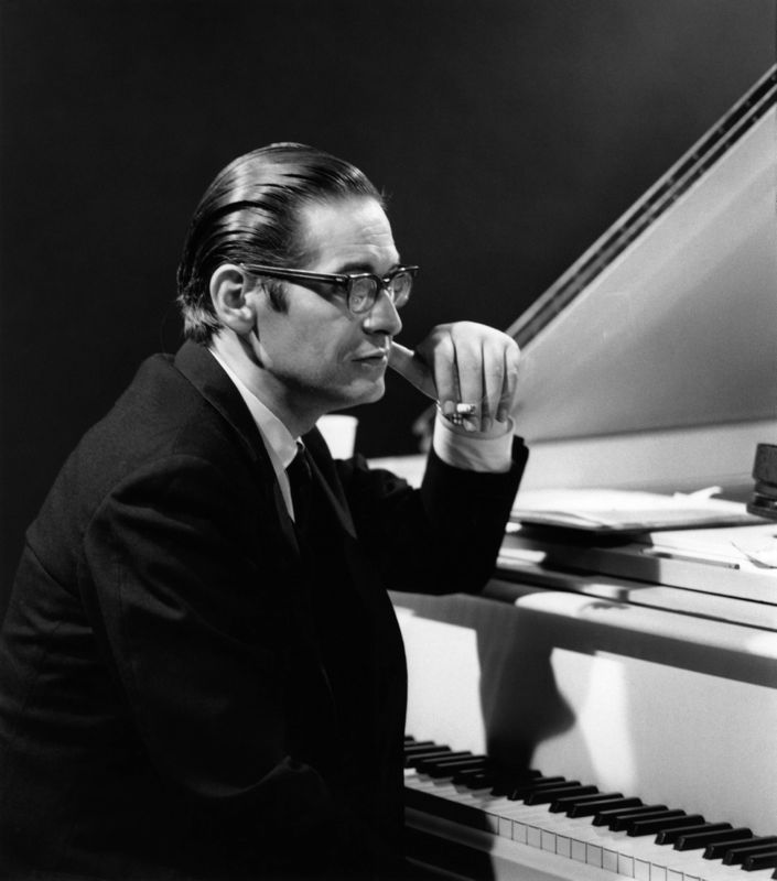 "Ira på Twitter: ""Bill Evans Trio ""My Foolish Heart"" Scott LaFaro-Brilliant Bass Paul Motian-Drums Album ""Waltz For Debby"" 1961 https://t.co/9AD5xzoTH8 #Jazz #Music #Piano #BillEvans… https://t.co/pS4a0DKVoz"""
