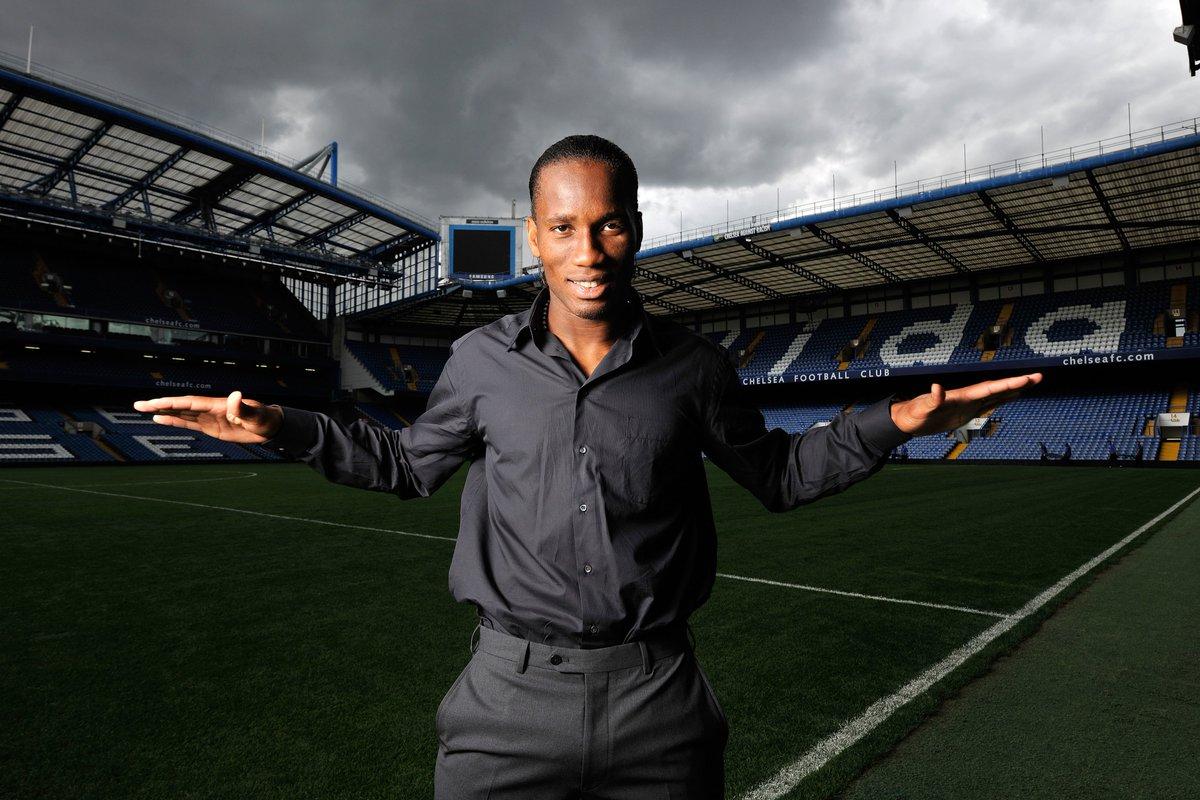 🔵 Didier Drogba at the Stamford Bridge 😎  #UCL | #FlashbackFriday
