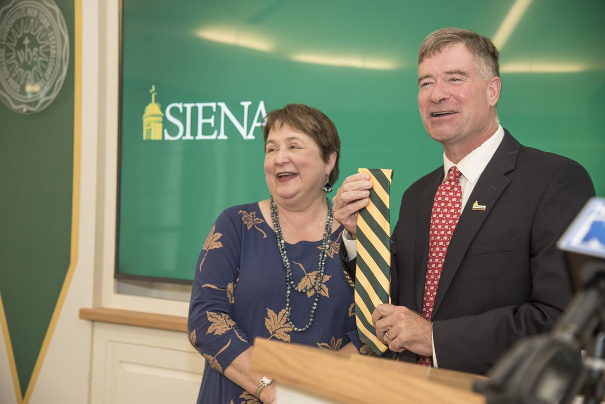 Siena Welcomes 12th President Dr. Chris Gibson '86