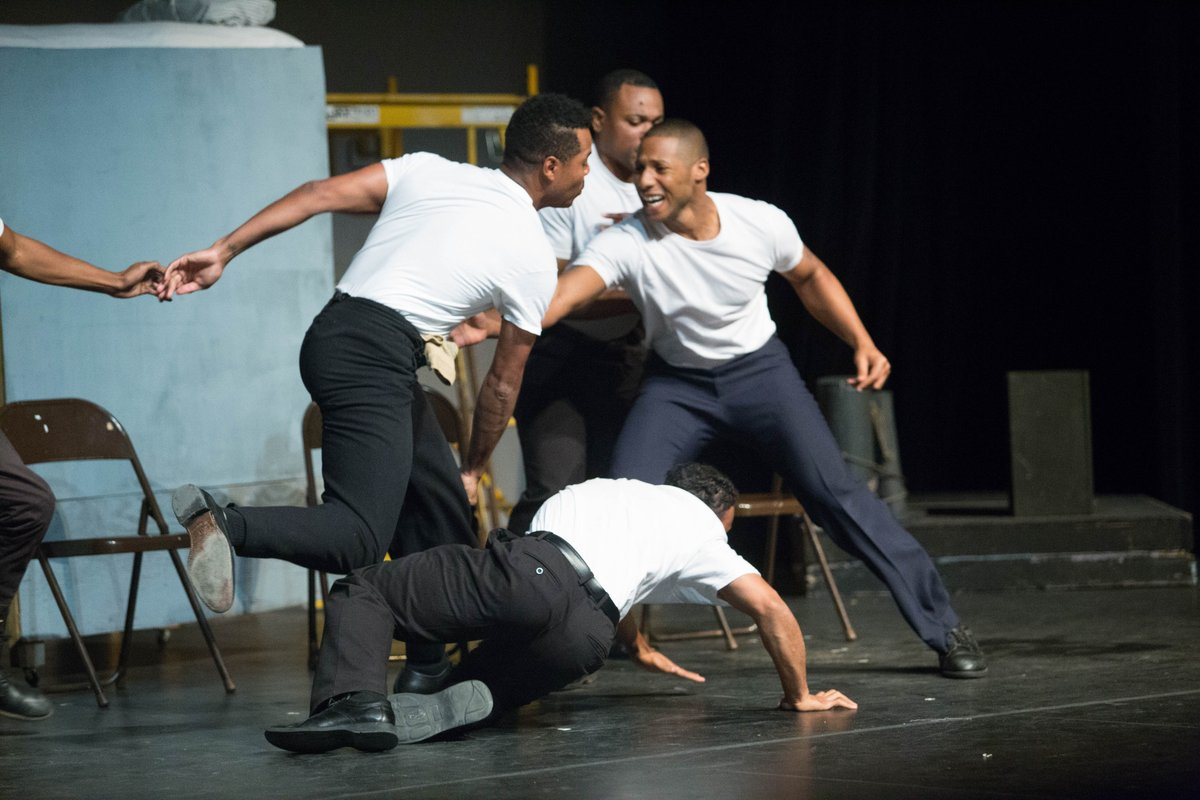 Dennis Rowe's Port Chicago 50 http://ow.ly/CpzB50ym2vd  #Blacklivesmatter #Blackhistory #AfricanAmericanHeroes #Theater #Blacktheater #AmericanHistory #WWIIhistory #Peoplewholovetheater #Blackknowledge #Beentertained #blackculturalevents #bcepic.twitter.com/a2ghActXae