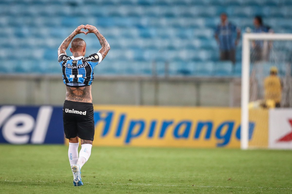@Gremio's photo on feliz día