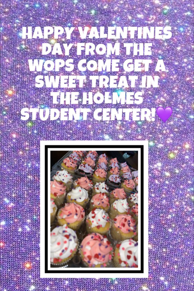 Come to the Holmes Student Center and get a treat! pic.twitter.com/72SoshfCgi