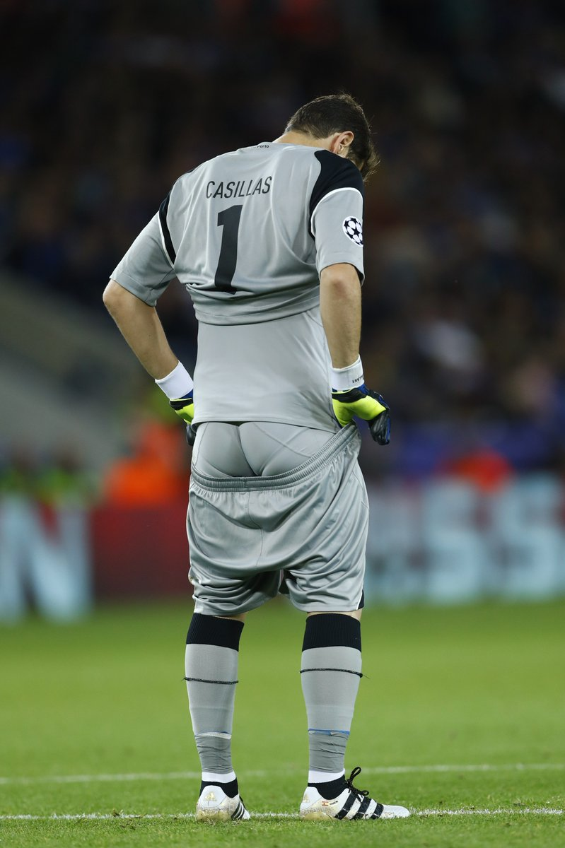 Iker Casillas@HotSoccerbulges @SexyFootballPl1 @FootieHotties @CalciatoriHot @FamousExposed @FamosoBulto @FXtasis @famousmales @LPSG_com #hotsportsmen #hunk #gaypic.twitter.com/FvUWNOPsJX