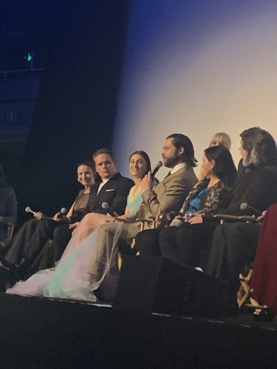 @Outlander_STARZ @caitrionambalfe @SamHeughan @RikRankin @SkeltonSophie @mariadkennedy @LlaurenLyle @RonDMoore @TallShipProds @Writer_DG The panel was amazing 👏🏽👏🏽 I had an amazing time last night 👏🏽🙌🏽
