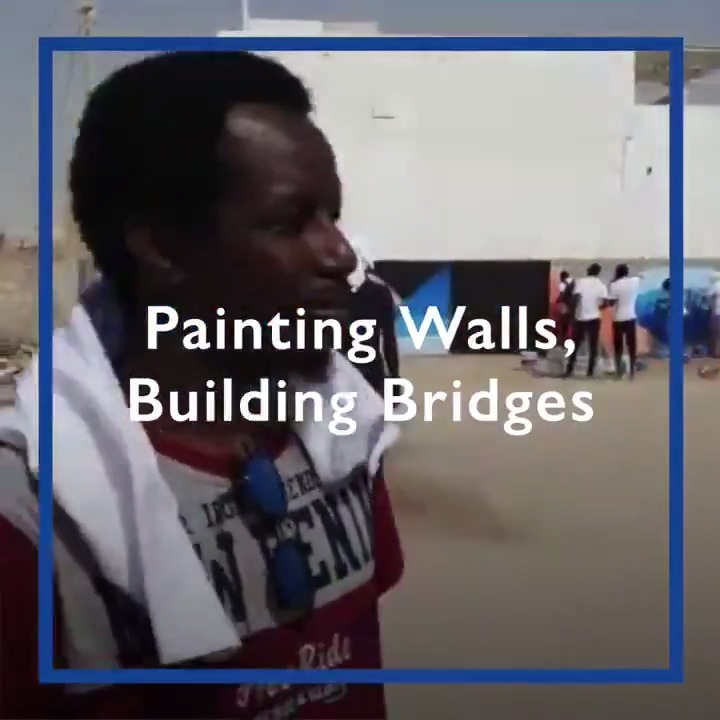 In Mauritania, migrants and host communities are coming together to add color and beauty to cities 🎨 #WeTogether