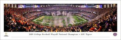 LSU Tigers Panorama 2020 National Championship Post Game https://t.co/IxIps4NVxT #lsuvsclemson #lsuvsclem #LSU #lsutigers #cfpnationalchampionship #cfpchampionship #CFP Four different frame options and free shipping! 40x13.75 inch poster. https://t.co/ozBOWdrUSi
