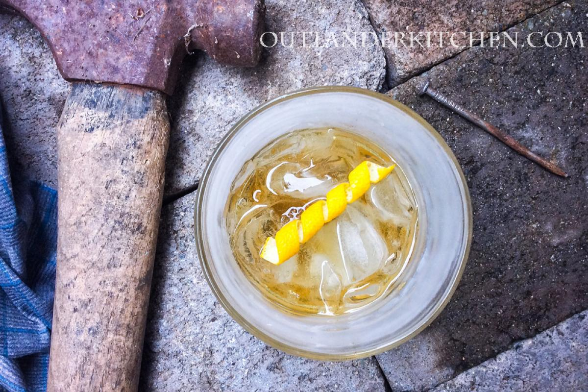 TGIF! Watching #Outlander Season 5 premiere on @STARZ this weekend? Jamie's Rusty Nail is a tasty whisky cocktail to sip while you watch. #ridgeshit