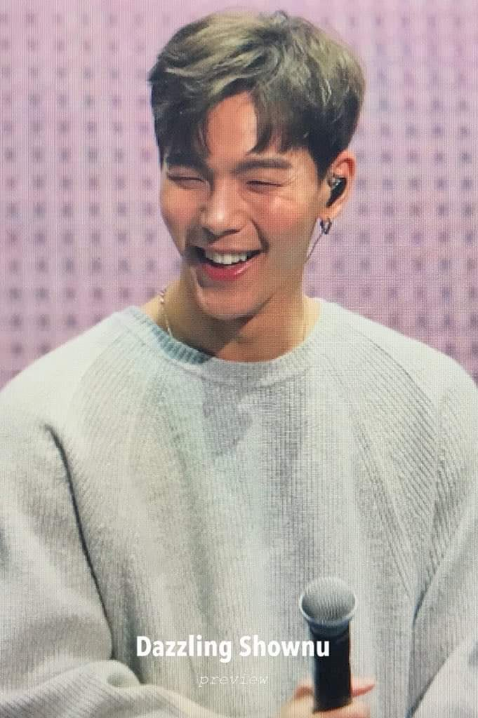 #SHOWNU did someone say Shownu's smile? Shownu's smile  gives me inner peace. @OfficialMonstaX #AllAboutLuv