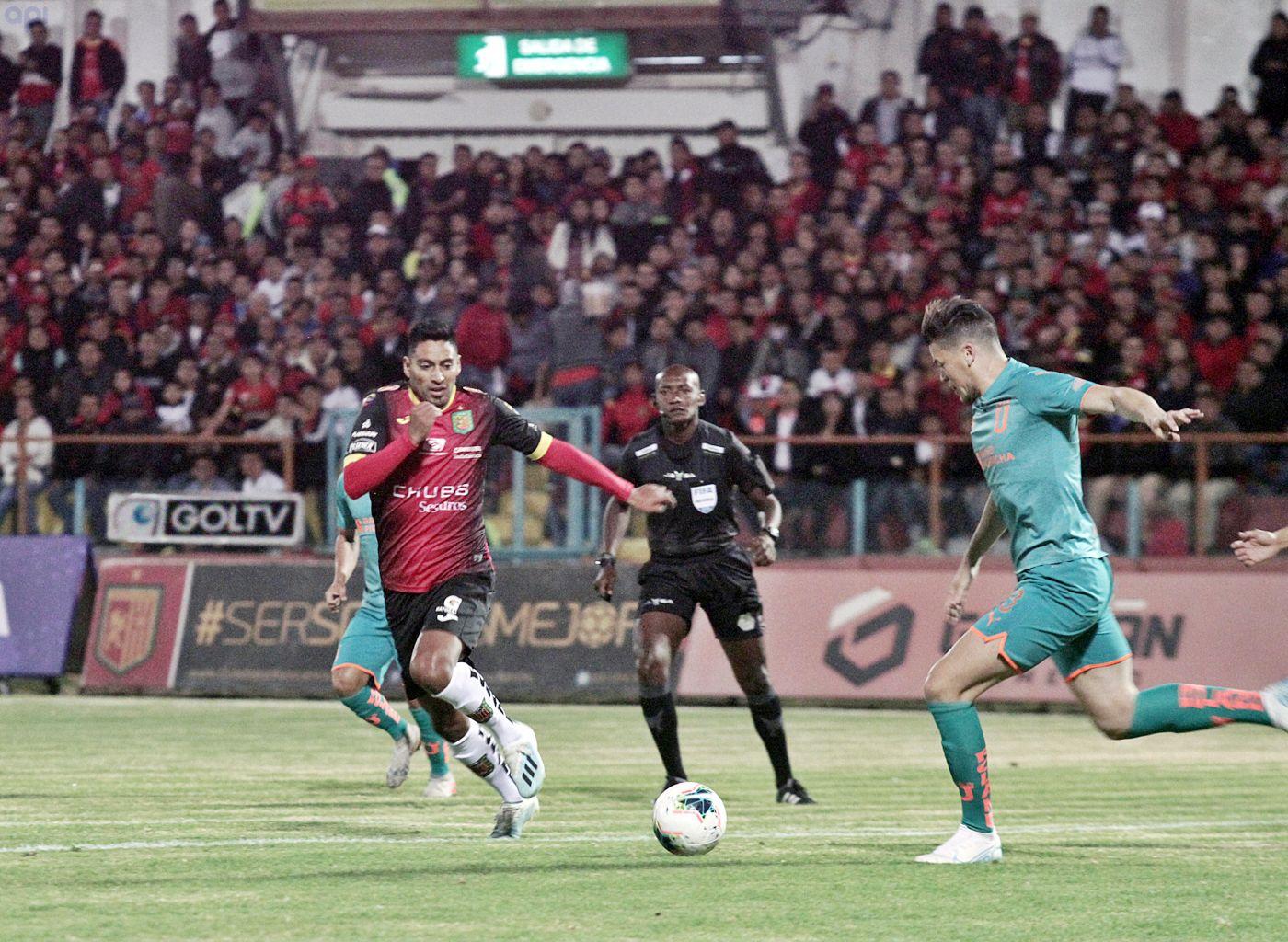 Liga De Quito Se Lleva Una Valiosa Victoria En Su Debut Ante Deportivo Cuenca Orbita Deportiva