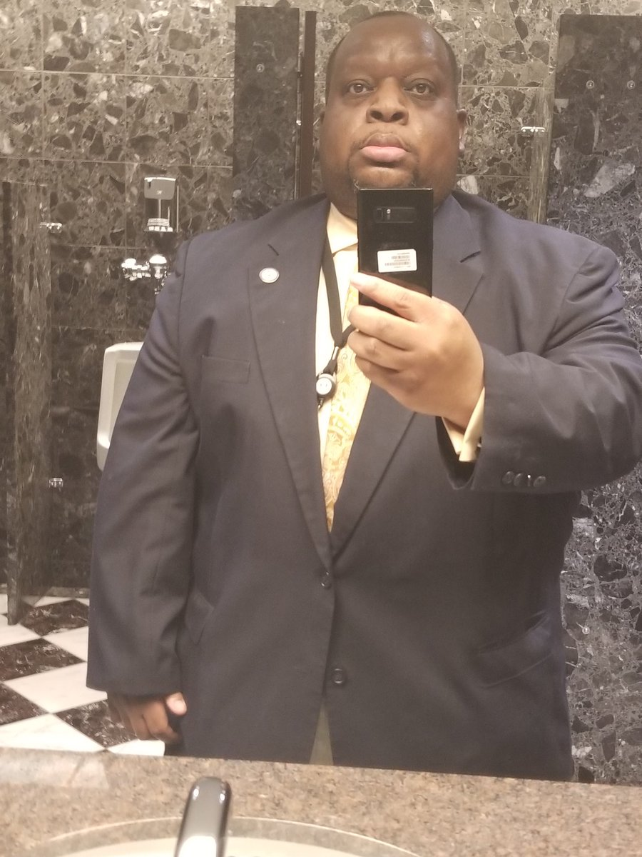 Went through my closet last night & found this suit jacket. My Mother brought me this back in 2008. Was a little tight back then & eventually I could no longer wear it at all. BUT NOW!!!#FeelingGreat #StillGoing #Results #Motivationpic.twitter.com/p1zowqgsvp
