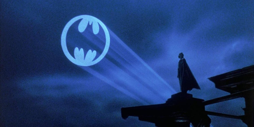 the-batmans-jeffrey-wright-shares-first-glimpse-at-the-new-bat-signal Photo
