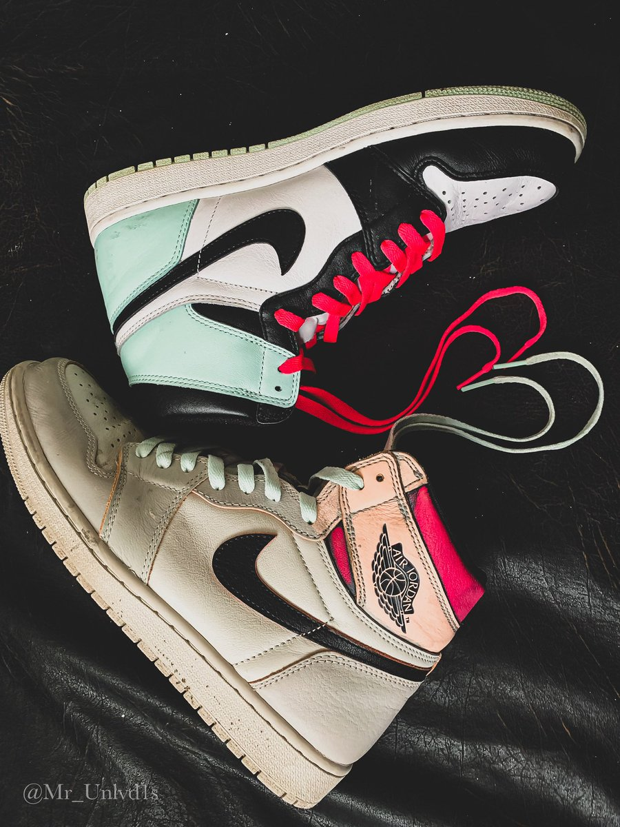 I from a small town called Goosecreek Sc. I say Charleston because it's known more, but I grew up in GC. I currently still live in SC now. I work a regular day job. I just so happen to love Jordan 1s. pic.twitter.com/HkXP8hW4Yo