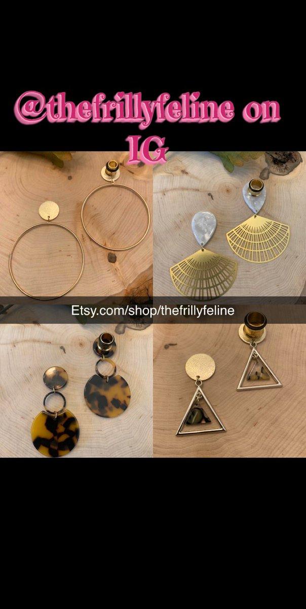 http://Etsy.com/shop/thefrillyfeline… #gauges #eargauges #gauge #gaugedears #girlswithgauges #earpiercings #earpiercing #earrings #plugs #plugearrings #dangleplugs #stretchedears #alternative #alternativegirls #piercings #girlswithpiercings #girlswithtattoos #jewelrypic.twitter.com/wjlVvjWoF8