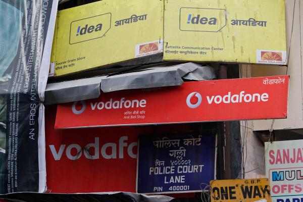 vodafone-idea-shares-tumble-23-after-india-orders-it-to-pay-billions-in-dues Photo
