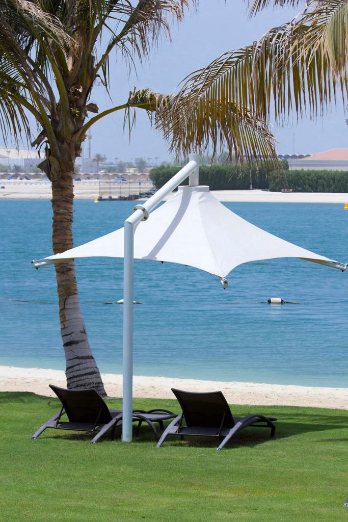 Your space for two awaitsat the beach lounge مساحاتك على الشاطئ https://t.co/UGEfw9CSjW