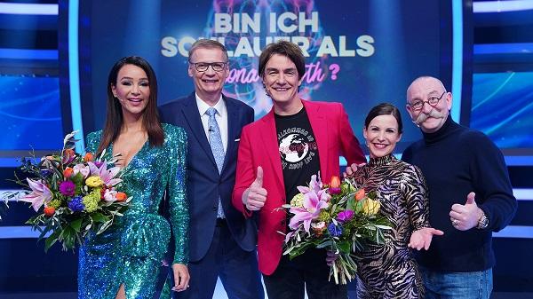 #Binichschlauer