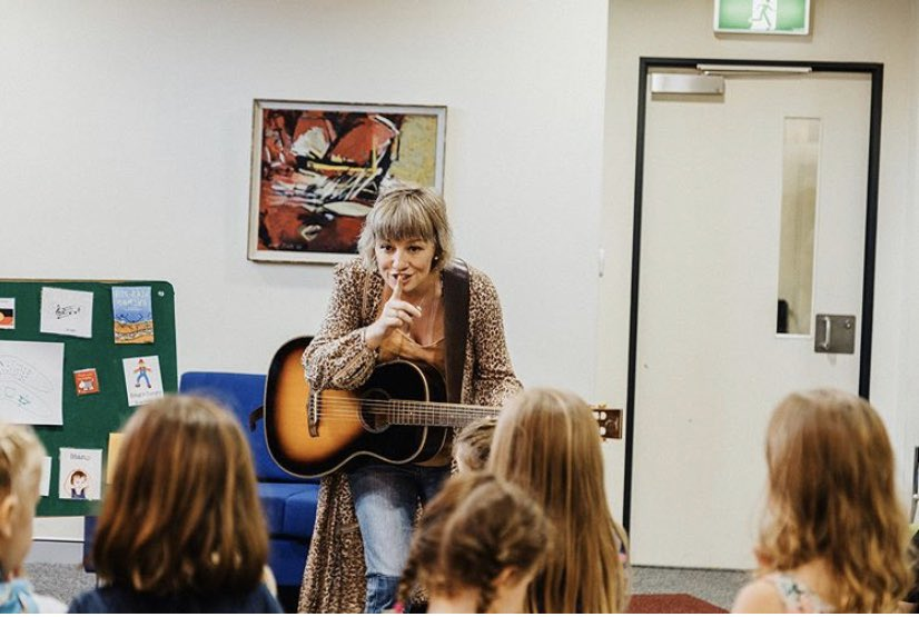 Story time and Melodies at @dollyslibrary Tamworth with @UnitedWay @unitedwayaus - I'm so proud to be an ambassador for DPIL Aus - a program that has and is creating so many moments for families and changing the way of our children's future.. Photgraph Dayone films https://t.co/za5bcMvgwR
