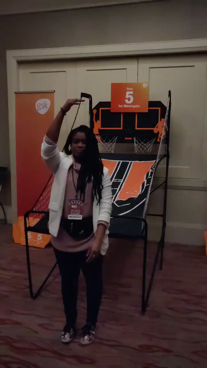 @dad2summit was a slam dunk! Thanks to everyone at this year's #dad2summit & thank you to Tiffany Williams, GSK spokesperson & #meningitis advocate for bringing her A game!  #niceshot  #take5formeningitispic.twitter.com/W2ec647GIB