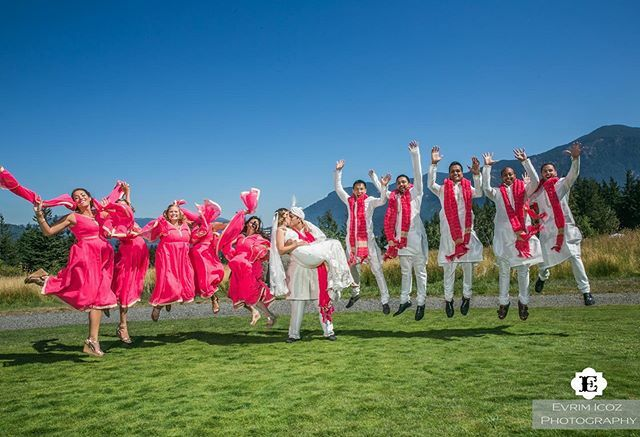 Happy Leap Day! : @evrimicozphoto . . . . . . . #leapyear #leapday #love #sunny #columbiagorgewedding #columbiagorgeweddingplanner #washingtonstate #washingtonstatewedding #tbt #oregonwedding #oregonweddingphotographer #weddinginspo #colorful #livec… https://ift.tt/3ahEhwapic.twitter.com/OygpDff4GN  by Emee from EJP Events