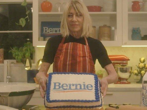 Punk Rock Mom Baking Cakes https://t.co/mcS5fLUK6s