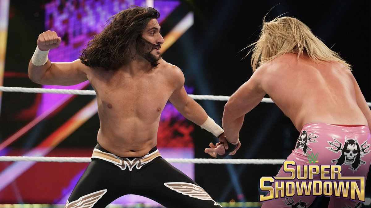 .@KSAMANNY brings the @WWEUniverse to its feet in a hard-fought victory over @HEELZiggler. wwe.com/shows/wwe-supe…