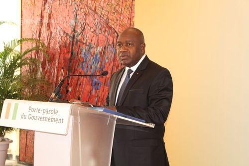 Politique : CNI, les kits d'enrôlement vont passer de 302 à 4 000 d'ici la mi-mars (Conseil des ministres) #Akody #CIV225 https://bit.ly/2wdw7G6pic.twitter.com/gUAkAufIJ5