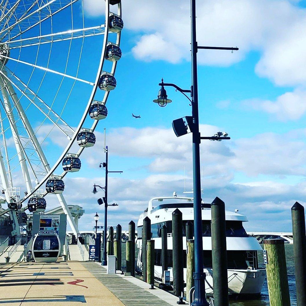Travel spring time vibes...#travel #travelgram #travelphotography #traveling #travelholic #sea #seat #seal #season3 #season7 #vacation #vacations #vacation🌴 #vacationmode #vacationtime #outdoors #outdoorsy #outdoorspace #outdoorspaces #outdoorshoot #carnival