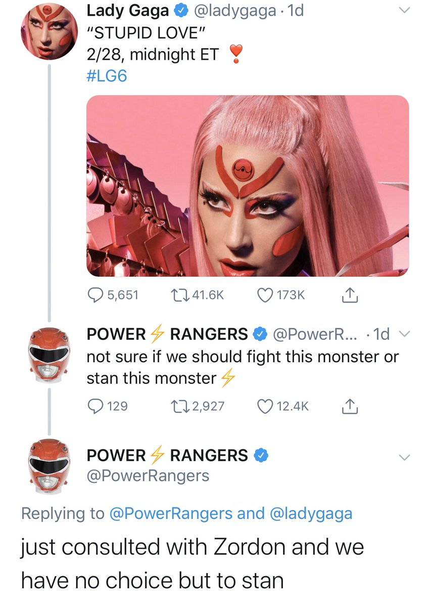 I just... I ... I love whoever is running the @PowerRangers account.