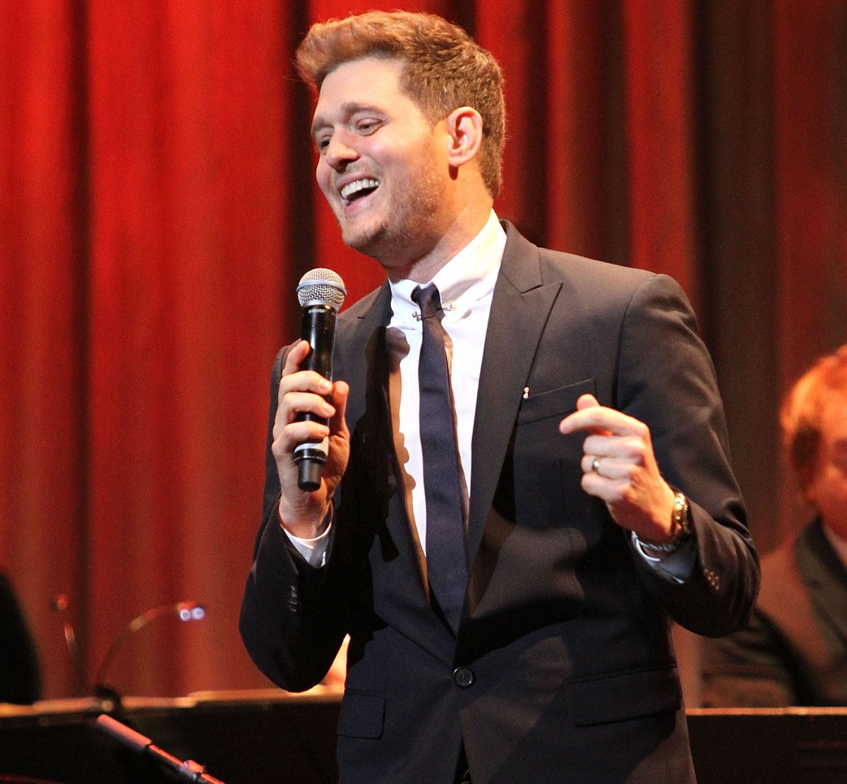 """People need a tent in the rain. I'm here to take you away for a few hours, entertain you, allow you to escape, to know there can be hope and that romance is still alive and well."" - #ThursdayThoughts from GRAMMY winner @MichaelBuble: https://grm.my/2wNOjXo  ✨"