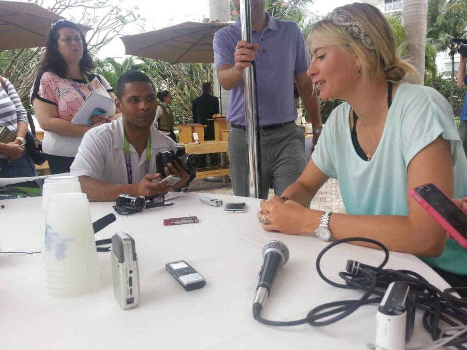 Congrats @MariaSharapova on an impressive  WTA career. A controversial tennis player to say the least. She retires with a very competitive and brooding reputation but was always very nice to me. She once told me she wanted to be an Olympic Gymnastic Rhythmic  dancer! DWTS? :-) pic.twitter.com/s1jfArNwfW