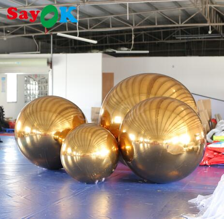 Gold mirror balls for decoration #mirrorball #decorations #holidaydecor #holidaydecorations #christmasdecor #christmas #christmasdecorationspic.twitter.com/upSPxNMUBV