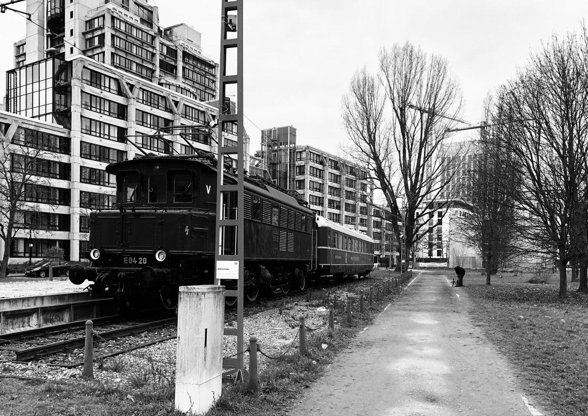 Industriekultur Deutschland (4/4) Eisenbahnästhetik  #Frankfurt #frankfurtammain #frankfurt2020 #frankfurtdubistsowunderbarpic.twitter.com/fNe4iQoVym