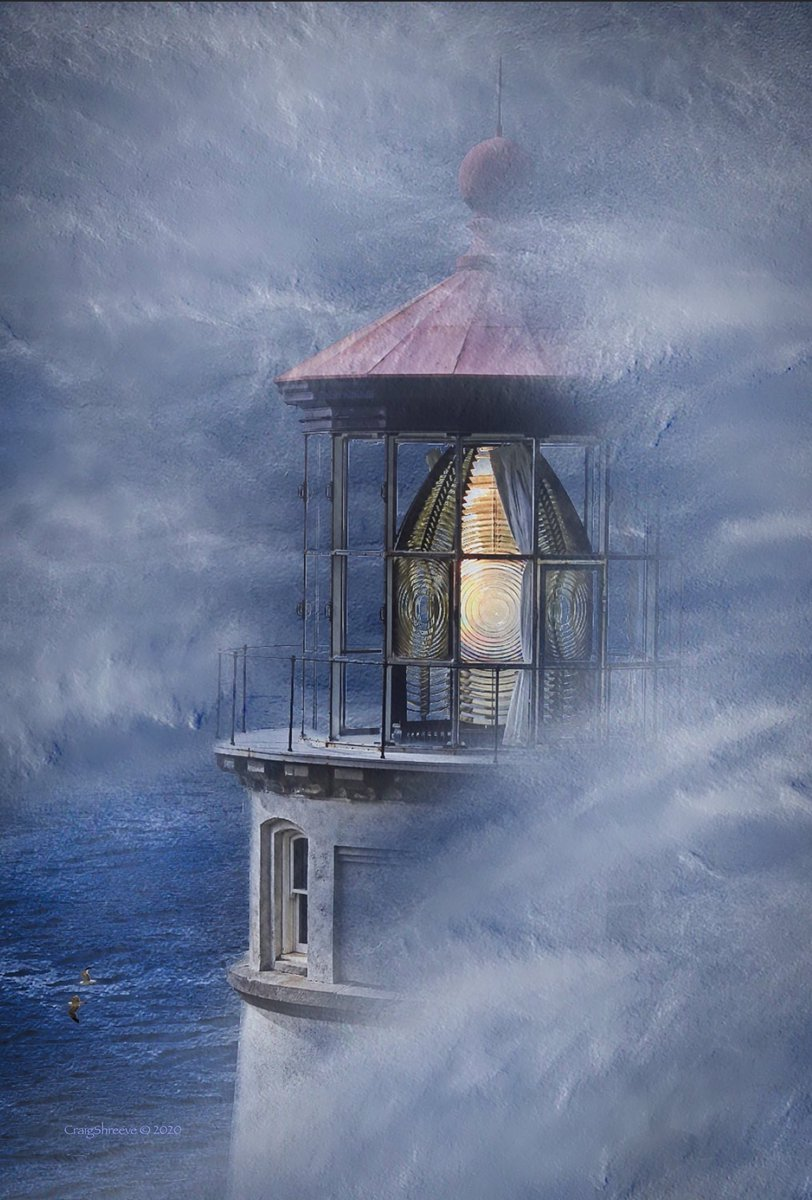 Fog swept Lighthouse. Artwork Photography. pic.twitter.com/MfdBdhscRZ