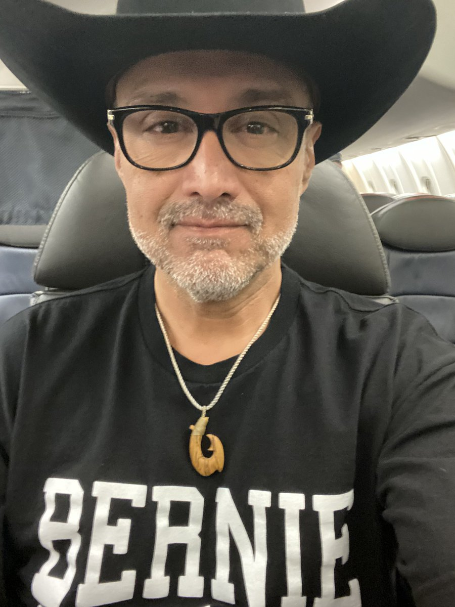 Sc here I come! I might be a little tired, but I still have a few tricks up my sleeve. @BernieSanders #NotMeUs #SCPrimary