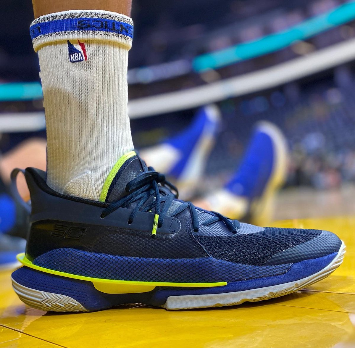 Steph Curry in the UA Curry 7! #NBAKicks
