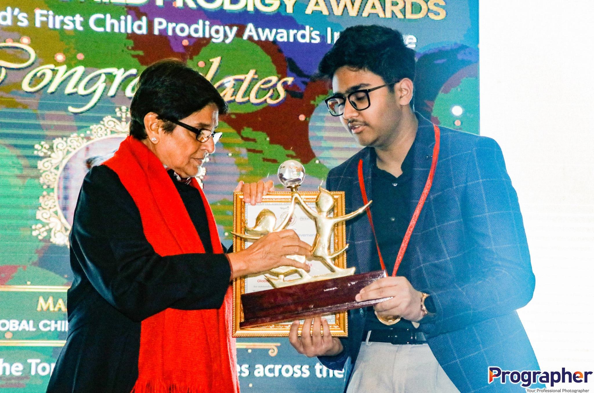 Meet 14-year-old Suspense Thriller Author : Aarit Gupta