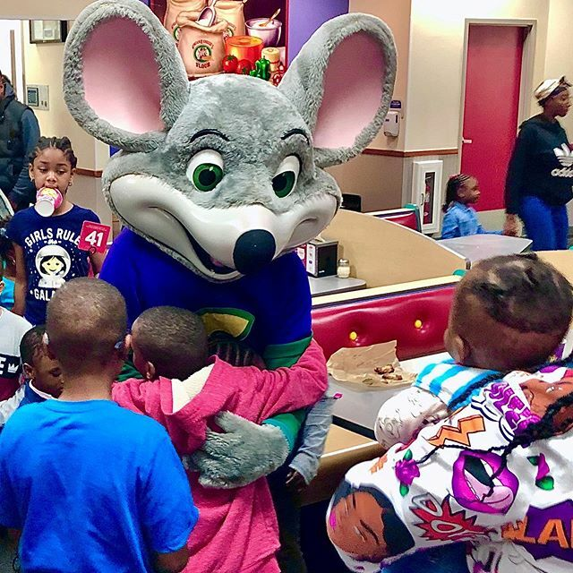 02/27/2020 - 58/365 - Chuck E. Cheese  #IFTTT, #Instagram, #365photography ,#iphonography, #photography, #2020,  #photooftheday,#365photochallenge ,#ig_shutterbugs, #project365 #project365iphone #iphone8 #iphonesia, #shotoniphone,#365photochallenge, #365…