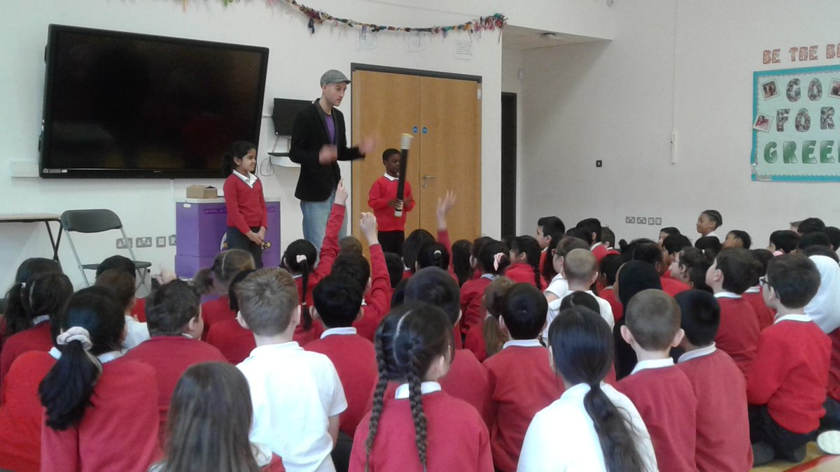 Year 3 are having a brilliant time at the magic show! #fun #Immersive @kestrelmead