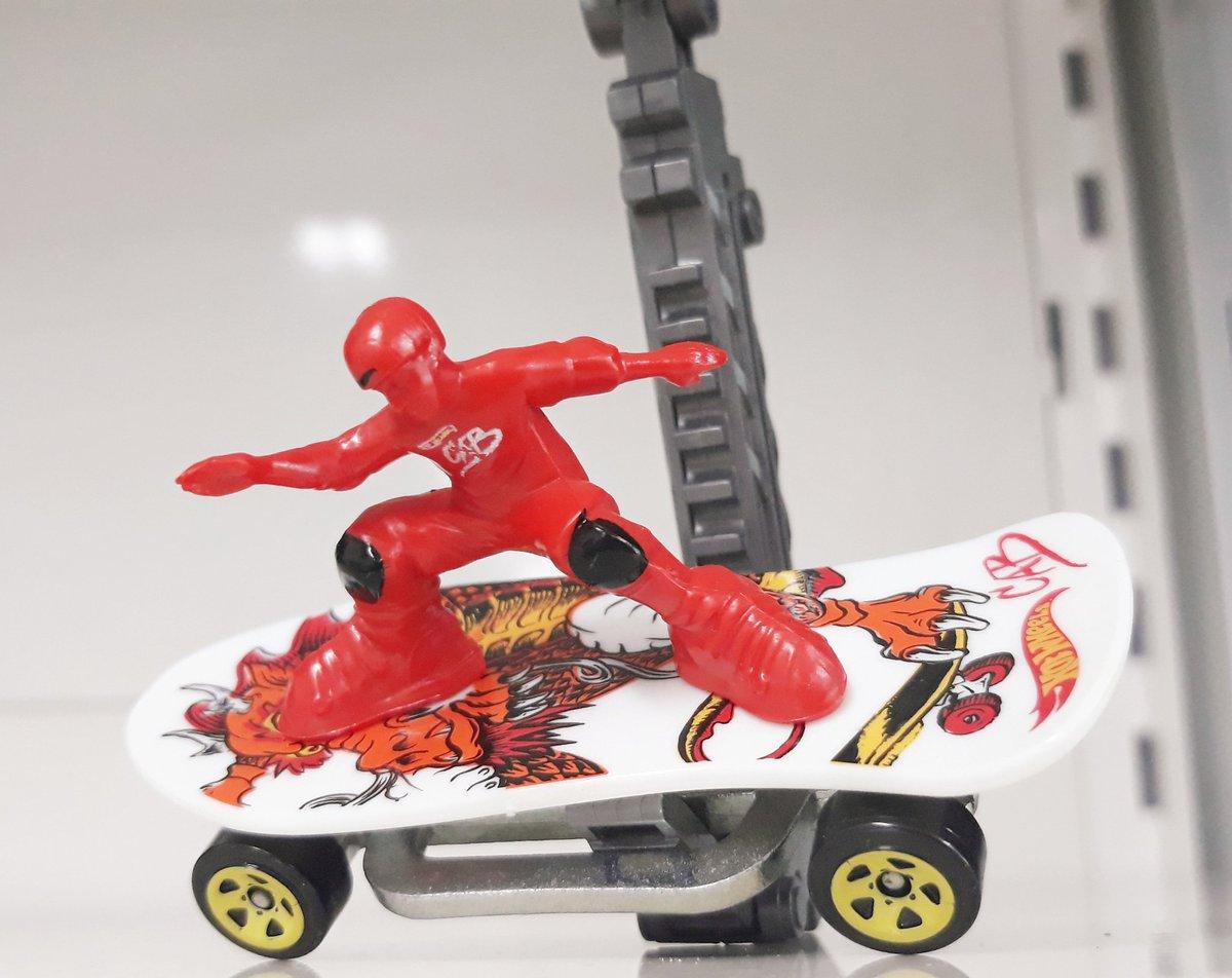 Skate punk #skaters  #diecastcars  #diecastmodel  #diecastcars  #diecastpics #diecastcollection   #hotwheelspic.twitter.com/XFXPYI09nc