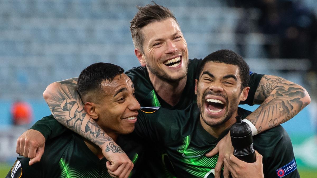 Wolfsburg und Leverkusen nach klaren Siegen im Achtelfinale http://to.welt.de/mf5yVYNpic.twitter.com/4Sjxtpncrv