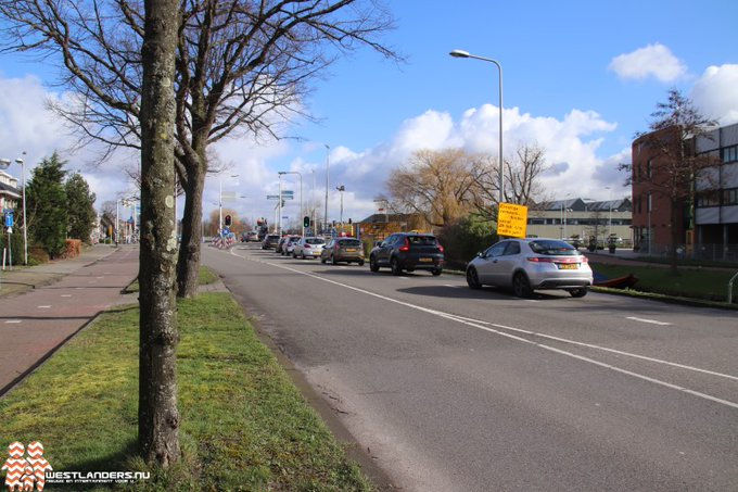 Verkeershinder door reconstructie kruising Dijkweg / N213 https://t.co/lshO6ECWWm https://t.co/GwybM1qj8r