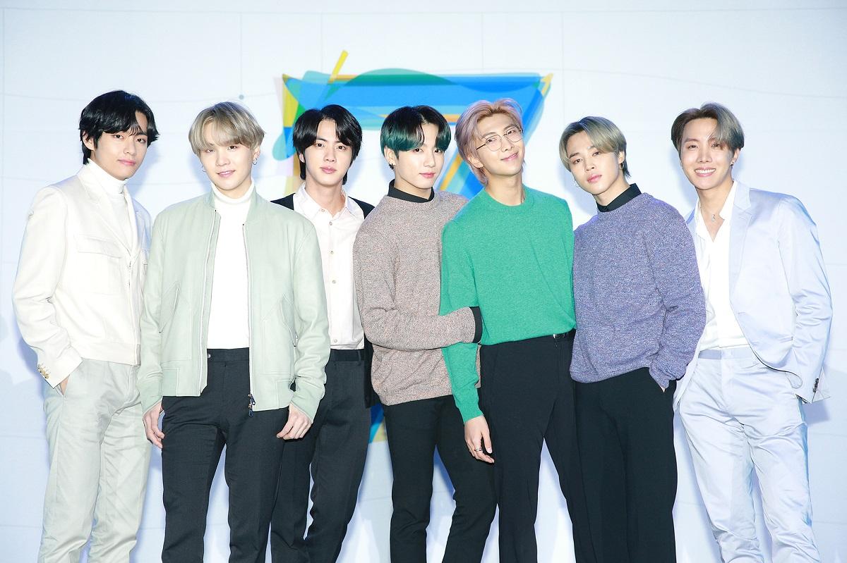 Konser BTS Map of The Soul TOUR di Seoul Dibatalkan Gara-Gara Virus Corona, ARMY Korea Justru Kompak Berdonasi dengan Uang Tiket yang Dikembalikan
