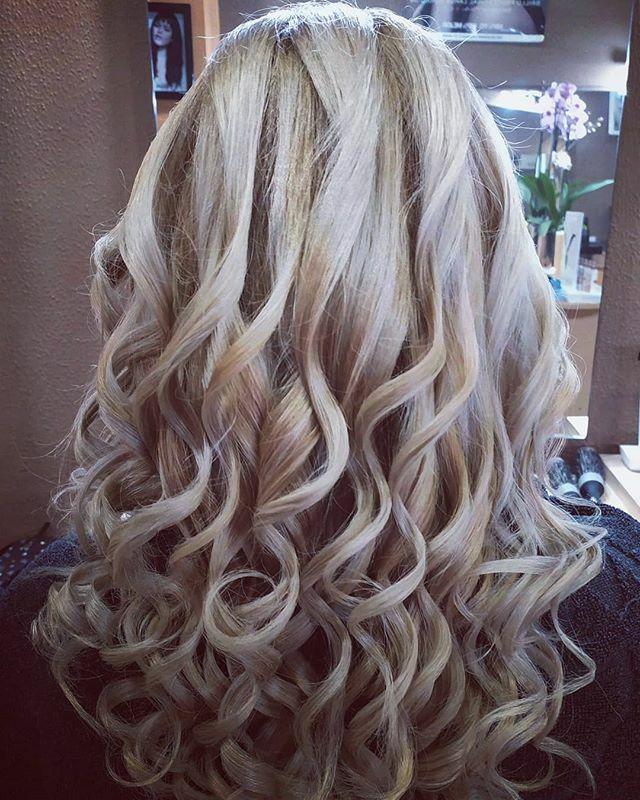 https://ift.tt/2To1VjB Rubios fríos y Ondas, Melenas cuidadas con Tratamientos para mimar tu pelo. Reserva cita en nuestra Peluquería en Gijón. #blondehair #blondebeige #icehair #lorealprofessionnel #botoxcapilar #floractive #nanoplastia #nanotecnologia #absolutrepairlipidium …pic.twitter.com/Nvk4p5cxOG