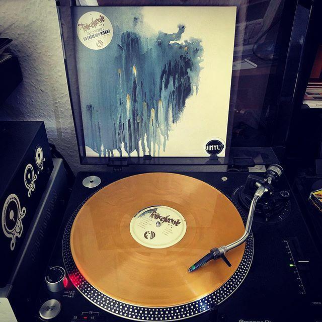 Happy Release Day  Takeleave - Belonging (2020 / Project: Mooncircle / HHV / PMC174). . . . . #vinyl41 #electronic #electronica #dance #downbeat #leftfield #jazz #instrumental #vinyl #vinyllove #instavinyl #vinyljunkie #vinylcollector #nowspinni… https://www.instagram.com/p/B9GtVSCoTk3/pic.twitter.com/0VAsLBvK23