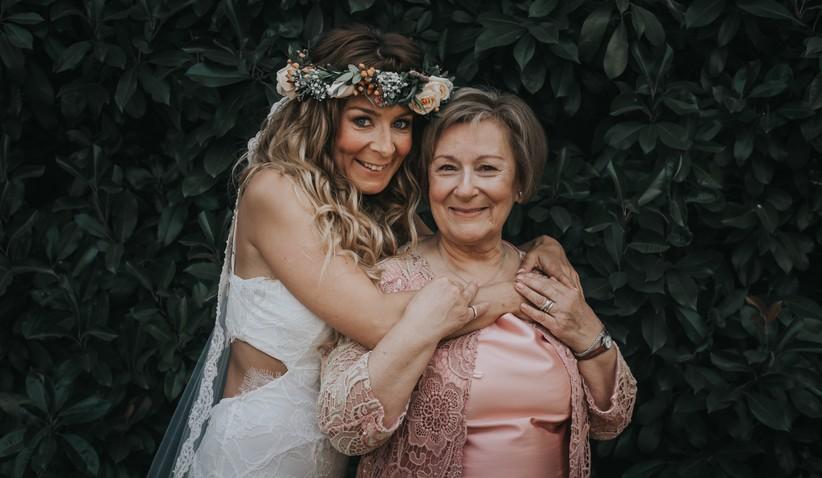 Surpreende a tua mãe no grande dia! http://ow.ly/X2jT30qijrNpic.twitter.com/UUHO32R1qo
