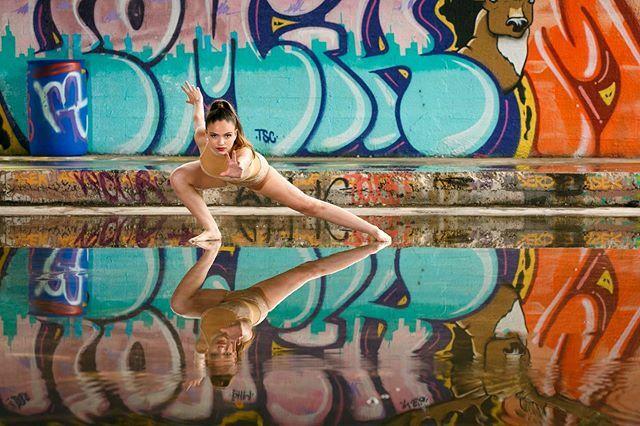 Reach out!  #dance #dancer #pop #instadance #dancepics #happy #love #dancerlife #ballet #danceschool #balletdancer #dancing #dancerpics #prizmaphoto #photooftheday #picoftheday #fitness #balletislife #happyfeet #dancers #dancersofinstagram #dancerslife #dancerslifestyle #dan…