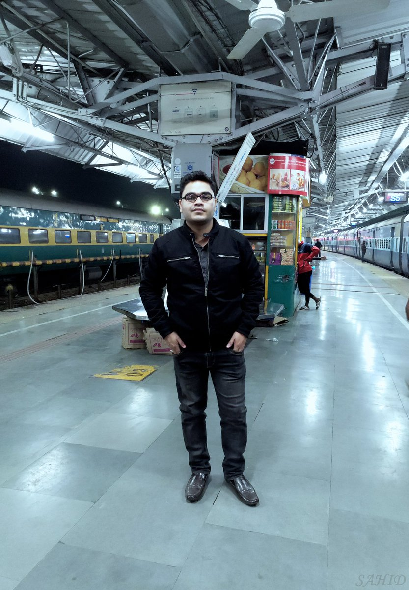 ♡ #love #instagood #photooftheday #beautiful #happy #fashion #me #instadaily #smile #style #instalike #amazing #life #travel #beauty #photo #instagram #cool #night #instapic #black #webstagram #winter #instasize #nyc #lumding #smiles #railway #travelphotography #simple